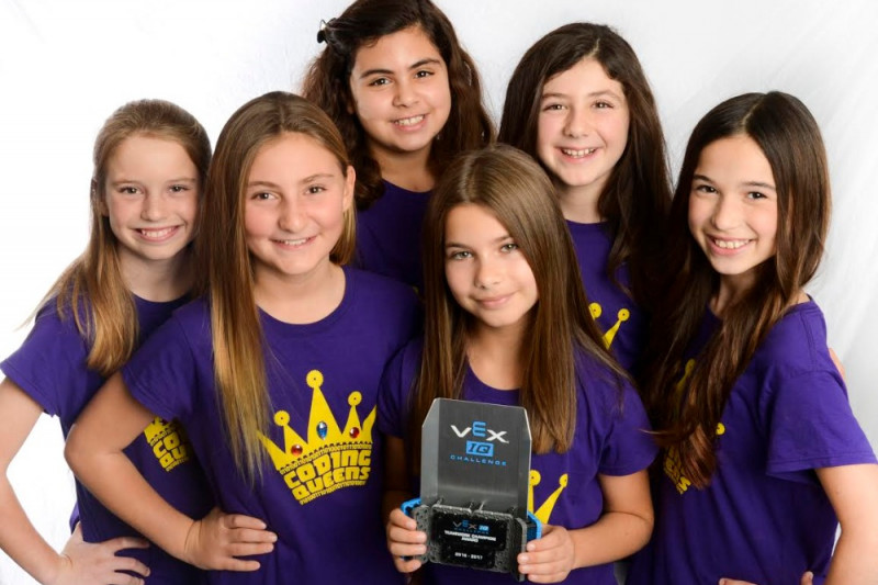 The Coding Queens, Californian all girls robotics team