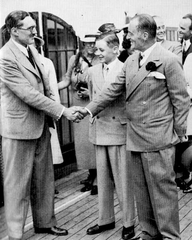 George Eyston meets Donald and Malcolm Campbell