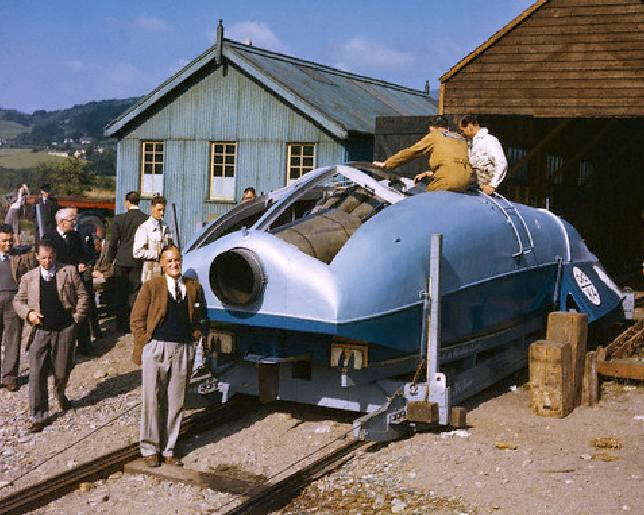 Sir Malcolm and his K4 jet powered Blue Bird boat in 1947
